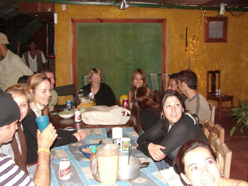 spanishschoolscostarica_ttd_dinner4