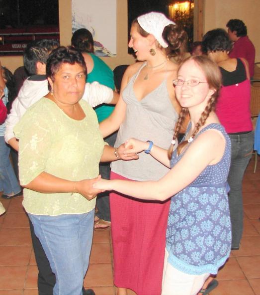 spanishschoolcostarica_ttd_dance7